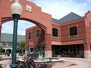 Coralville, Iowa - Image: City Center Square