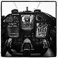 Cockpit (14383300328).jpg