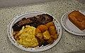 Compostable plates (5486273308).jpg