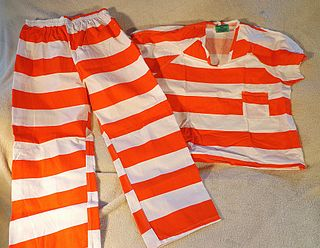 Prison uniform Unified outward appearance of detainees in a situation of imprisonment