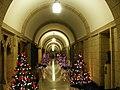 Corridor au Parlement (2184561158).jpg