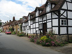 Cottages in Elmley Castle.jpg