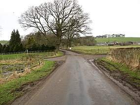 Country crossroads - geograph.org.uk - 1170630.jpg