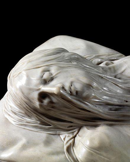 Il volto del Cristo velato
