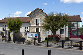 The town hall of D'Huisson-Longueville