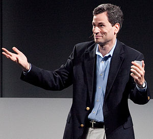 English: David Pogue speaking at The UP Experi...