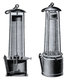 Davy lamp safety lamp for use in flammable atmospheres
