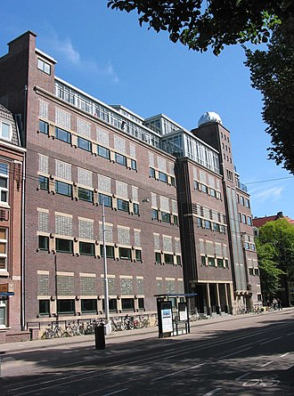 Vrije Universiteit Amsterdam - Former Chemistry Laboratory (1932) at De Lairessestraat.