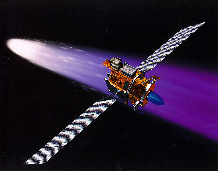 Ficheiro:Deep Space 1 using its ion engine.jpg