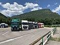 Des camions sur l'aire de Voreppe de l'autoroute A48 (juillet 2019).jpg