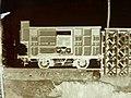 Detalle de un negativo de vidrio al colodión, del año 1868, con el laboratorio fotográfico de J. Laurent dentro del furgón ferroviario, España, Spain.jpg