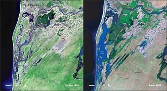 Djoudj National Bird Sanctuary - At left, the drought of September 1979; at right, the floods of November 1999