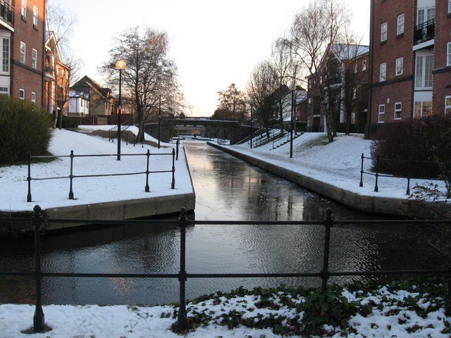 Dock feeder canal in Atlantic Wharf - geograph.org.uk - 1654966