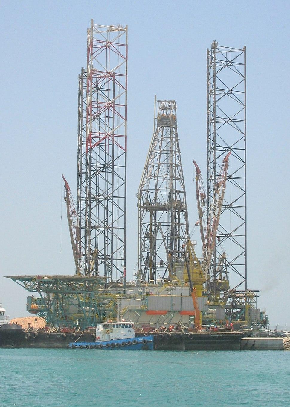 Drilling rig, jack up type, Abu Dhabi port (Mena Zayed), Abu Dhabi, United Arab Emirates, May 2008