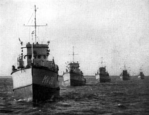 BYMS-class minesweeper - Dutch BYMS-class minesweepers in 1948.
