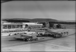 ETH-BIB-Flughafen-Zürich, Flughof, Flugzeuge-LBS H1-015284.tif