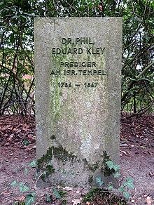 Gedenkstein Dr. phil. Eduard Kley, Prediger am isr. Tempel, Jüdischer Friedhof Ilandkoppel (Quelle: Wikimedia)