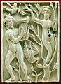Egitto ellenistico, formella con apollo e dafne, avorio, 490 dc ca.jpg