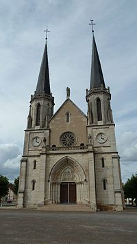 Eglise de Lamarche sur Saône.JPG