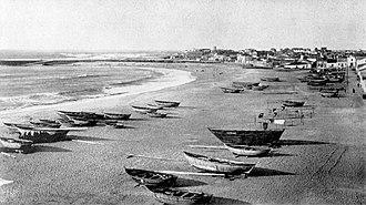Port of Póvoa de Varzim - The sheltered bay after the works of Reinaldo Ourdinot.