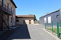 Entrée école Saint-Cyr-sur-Menthon.JPG