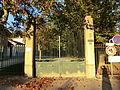 Entrée du parc de la Sathonette.JPG