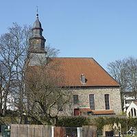 FFM Praunheim Auferstehungskirche Totale Suedost.jpg