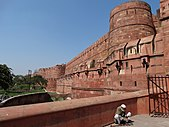 Facade of Agra Fort - Agra - Uttar Pradesh - India - 01 (12613208254).jpg