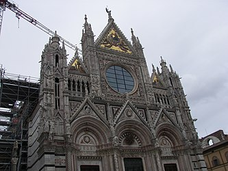 Facade of the Siena Cathedral 2.jpg