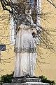 Fehérgyarmat, templomkerti Nepomuki Szent János-szobor 2021 04.jpg
