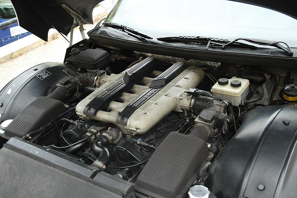 Ferrari 456 engine