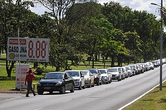 2018 Brazil truck drivers' strike - Image: Fila postos Brasília