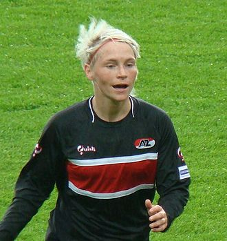 Jess Fishlock - Fishlock playing for Dutch club, AZ Alkmaar, May 2010
