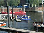 Flugboot im Hamburger Hafen.jpg