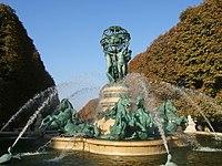 FontaineQuatrePartiesDuMonde02.jpg