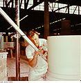 Fotothek df n-15 0000268 Facharbeiter für Sintererzeugnisse.jpg