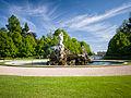 Fountain (9061267494).jpg