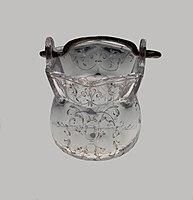 France Cauldron-shaped vessel 01.jpg