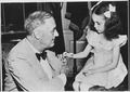Franklin D. Roosevelt, Phyllis Fay Firebagh, daughter of a US veteran. Washington, Washington, D.C - NARA - 196063.tif