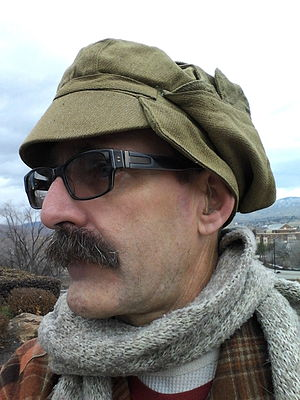 Kepka-afganka - A Syriyka buttoned up
