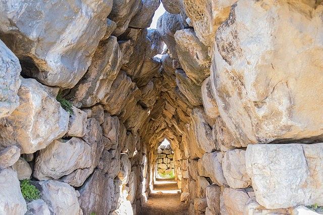 galleria di Tirinto