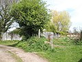 Gate at southern end of Rother Lane - geograph.org.uk - 779399.jpg