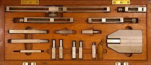Gauge block - A gauge block accessory set
