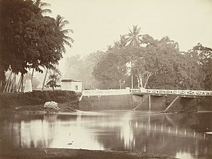 Jacobus Anthonie Meessen - Ciliwung, Batavia, photographed by Meessen; after returning to the Netherlands, he actively marketed his images of the Indies.