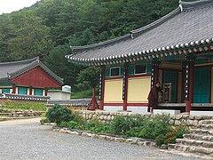 Girimsa-Gyeongju-Korea-06.jpg