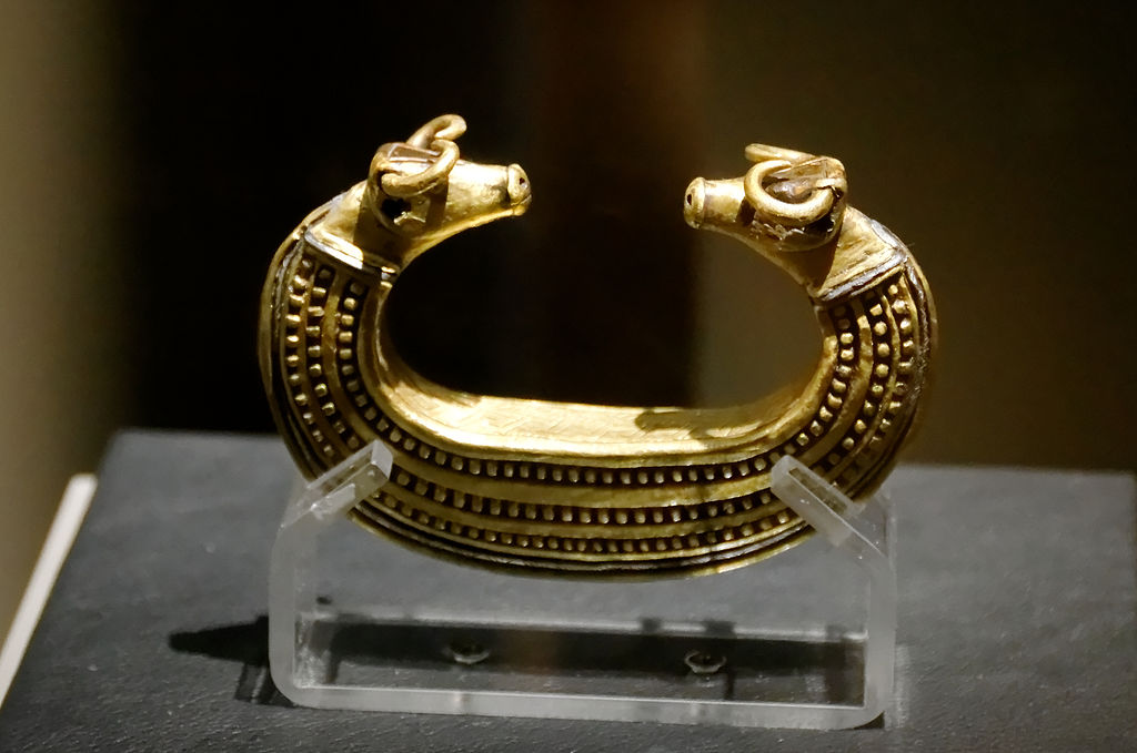 Gold bracelet bull head Transylvania