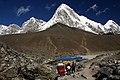 Gorak Shep-04-Kala Patthar-Pumori-2007-gje.jpg