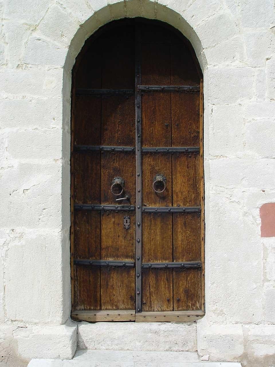 Gotland-Froejel-Kirche 03