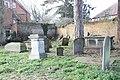 Graveyard by the Almshouses - geograph.org.uk - 2344269.jpg