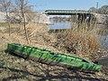 Green boat, green railway bridge, 2019 Mezőtúr.jpg